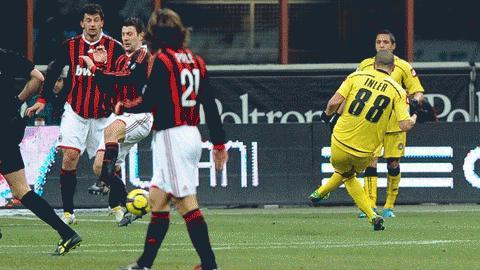 Inler ghi bàn duy nhất đưa Udinese vào bán kết. Ảnh: Getty Images