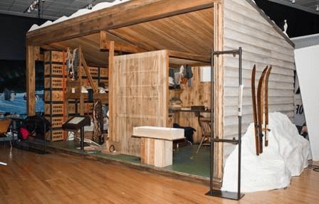 Tái hiện trưng bày đồ vật trong căn lều của Robert F. Scott tại cuộc triển lãm 'Cuộc đua tới nơi tận cùng trái đất'. Ảnh: Jon Snyder/Wired.com.