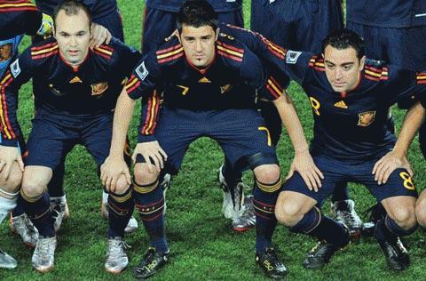 Iniesta, Villa và Xavi là 3 cầu thủ TBN trong danh sách các ứng viên. Ảnh: AS
