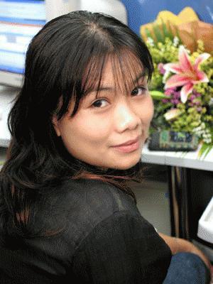 Nhà thơ Phan Huyền Thư
