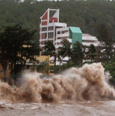 Cận cảnh bão số 1 qua ảnh Images2001041_a12_copy