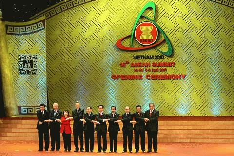Việt Nam luôn xác định một ASEAN liên kết chặt chẽ, đoàn kết và thống nhất, có vai trò và vị thế quốc tế quan trọng là hoàn toàn phù hợp với lợi ích cơ bản và lâu dài của Việt Nam.