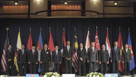 Tổng thống Mỹ Obama và các nhà lãnh đạo ASEAN. Ảnh: AP