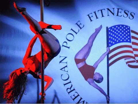 Xem thi múa cột toàn nước Mỹ