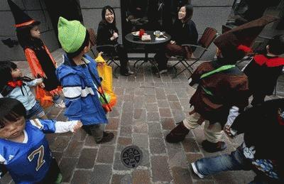 Muôn vẻ kỳ thú Halloween khắp thế giới