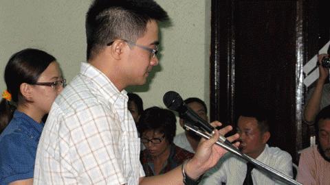 Nguyễn Đức Nghĩa tại phiên tòa sơ thẩm (Ảnh: VietNamNet)