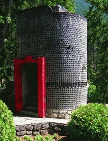 Nhà chai thuỷ tinh ở Boswell, Canada.