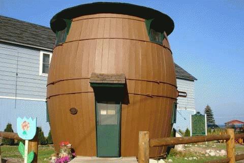 Nhà thùng rượu ở bang Michigan, Mỹ.
