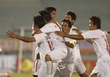 Thắng trận trước Myanmar, U23 VN rộng cửa vào Bán kết.