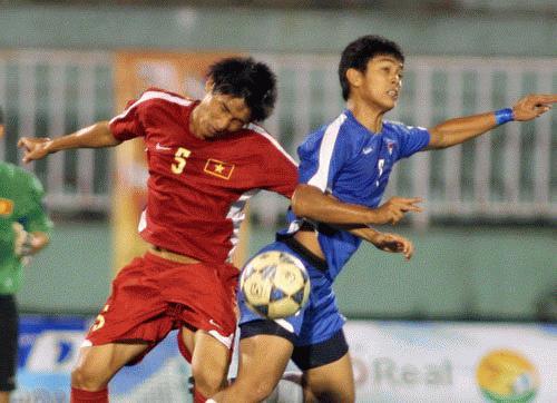 U19 VN đá rất thô bạo