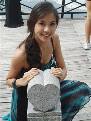 Kiều Khanh về nhì trong hạng mục Nữ hoàng sắc đẹp châu Á
