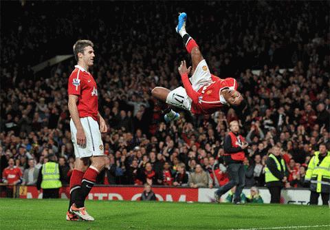 Nani thăng hoa, hãy cảm ơn Ronaldo!