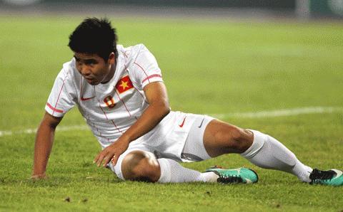 Chấn thương có thể khiến Việt Thắng lỡ hẹn với AFF Cup 2010. Ảnh