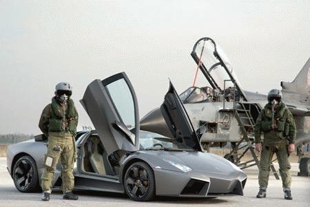 Vì sao dân chơi xe Việt mê mẩn Lamborghini? Images2064812_Reventon_vtcNov10