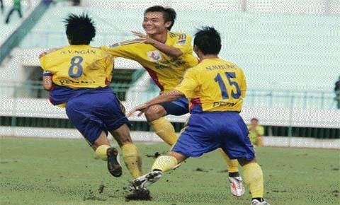 """CS Đồng Tháp khó giữ mác """"ngựa ô"""" ở mùa giải 2011. Ảnh: Dân trí"""