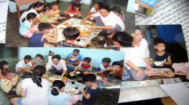 Những hình ảnh mà cô giáo Lê Thị Thanh Lan sinh hoạt với các cháu tại nhà mở được các cán bộ Hỗi Liên hiệp Thanh niên tỉnh Đồng Nai giới thiệu với các phóng viê báo chí sáng 11/11. Ảnh: Đ.Đ